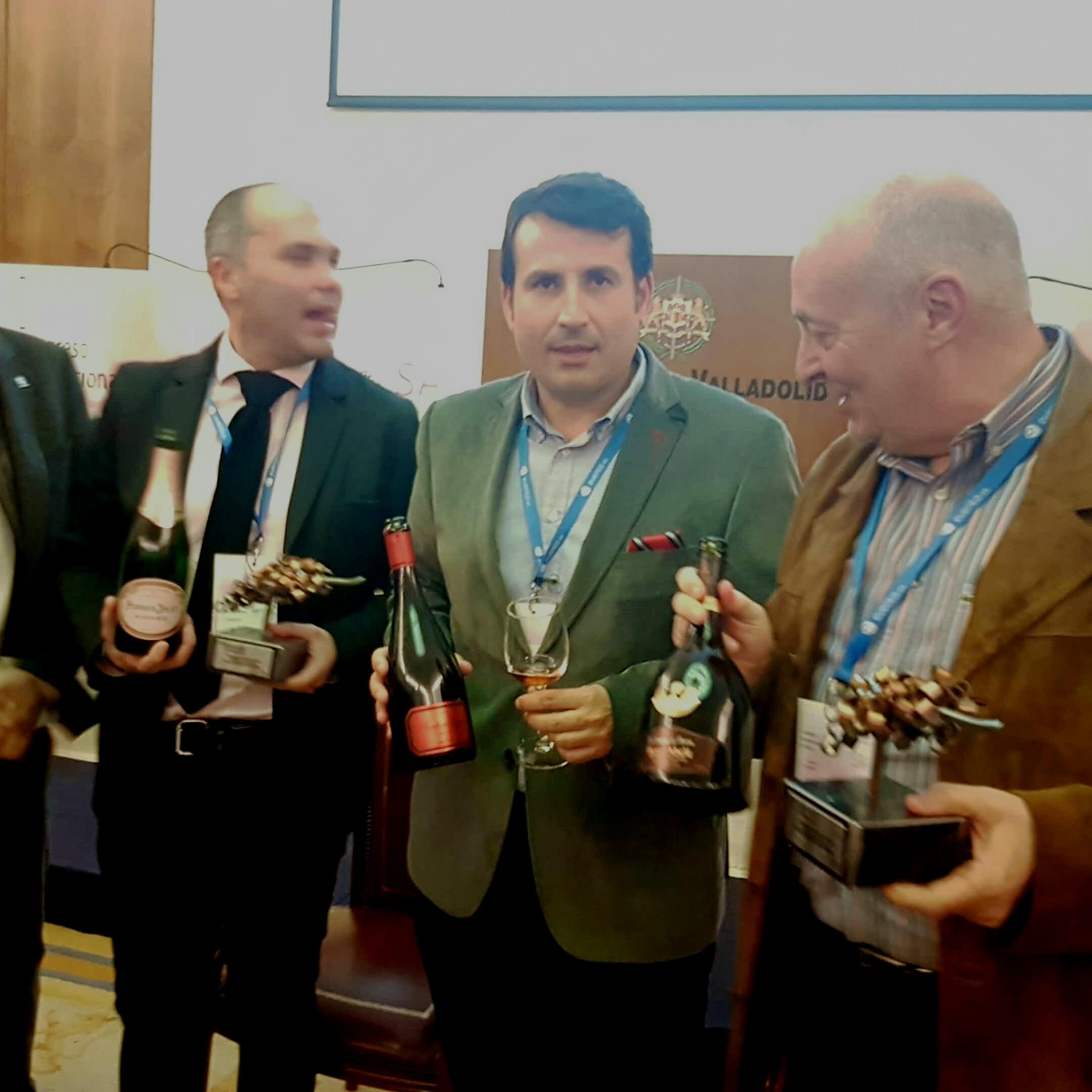 Los tres productores de los vinos catados....